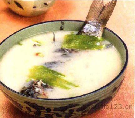 苦瓜鲤鱼汤的做法